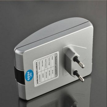 [globalbuy] 2016 Hot Sale Useful Power Electricity Saving Energy Saver Box Save 30 Device /3691491