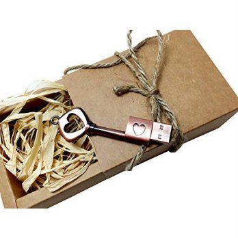[macyskorea] Dittybyte Key to My Heart8GB Rose Gold Flash Drive, Gift for Loved One/15891489