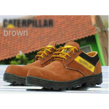 Sepatu Safety Boots Pria / Suede Material / Size 39-43