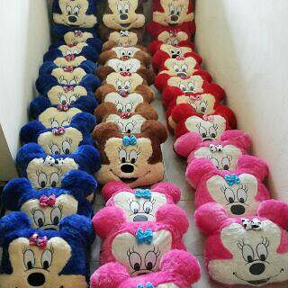 Bantal Minnie Mouse