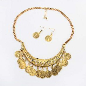 SET PERHIASAN 01B4E3r Diamond Decorated Crescent Shape Design Antique Gold