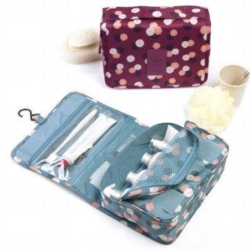 Korea travel hanging / gantung toiletry kosmetik pouch bag organizer