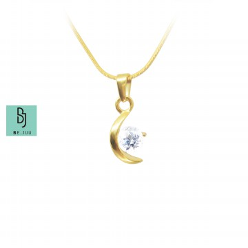 BE.JUU Kalung Bright Crescent Moon Titanium Gold Plated Korean Jewelry