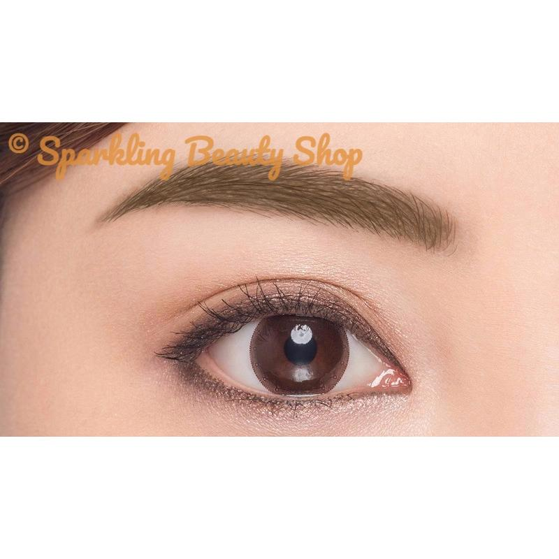 Maybelline Fashion Brow Pomade Crayon .