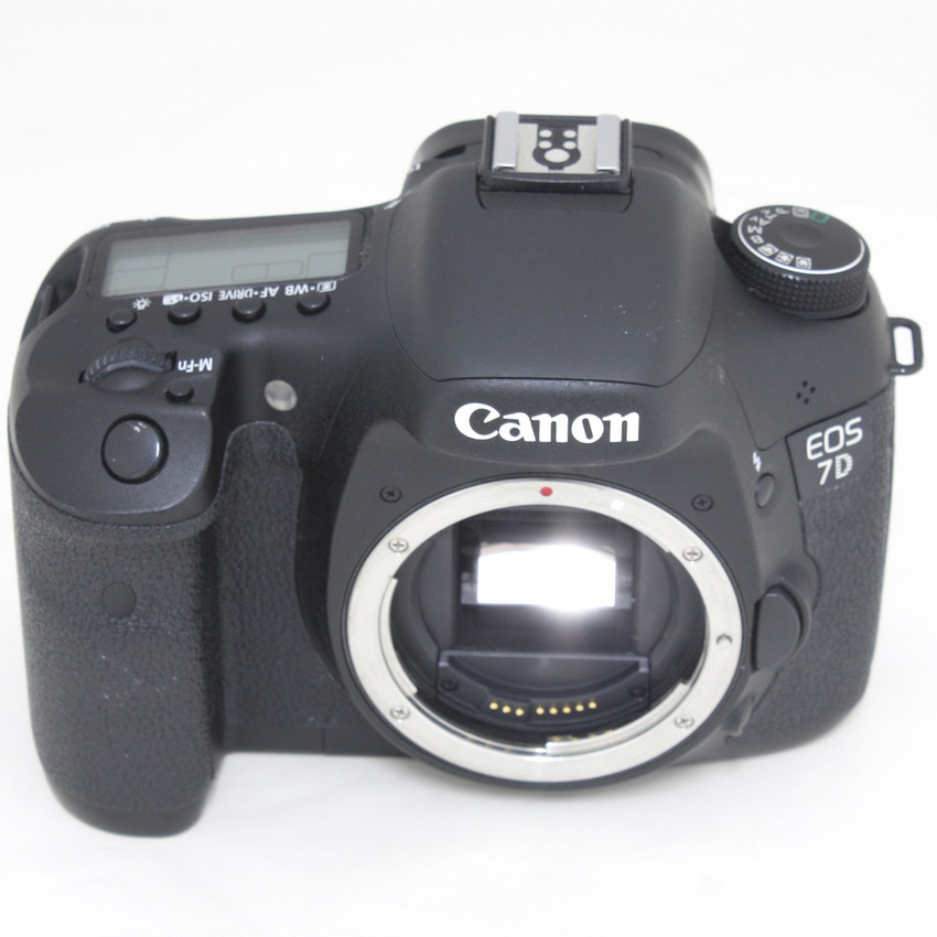 Kamera Dslr Canon Eos 7d Body Only