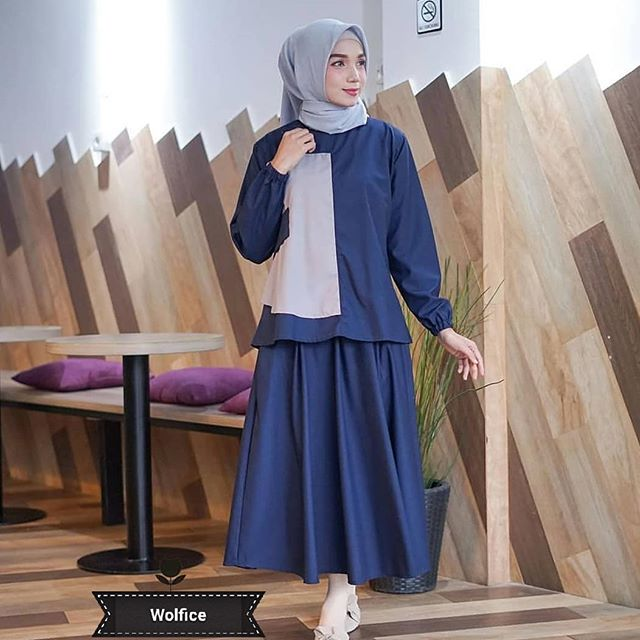 SB Collection Rok Maxi Vanya Long Skirt Biru. Source · Setelan Wanita .